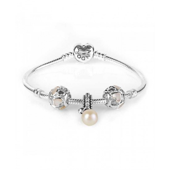 Pandora Bracelet-Luminous Hearts Complete Jewelry